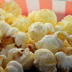 Popcornowa Dziesiątka #9: zbrodnie w przyszłości, przerwana emerytura gangstera i biografia skandalisty